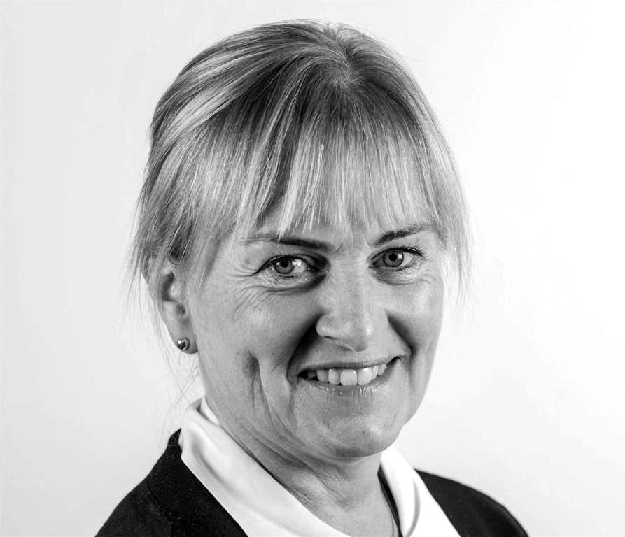Dr Lisa Ackerley